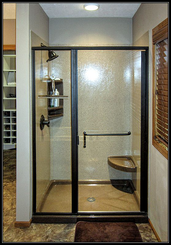 Custom walk in shower mn bathroom remodeling minneapolis for Bathroom remodeling minneapolis mn