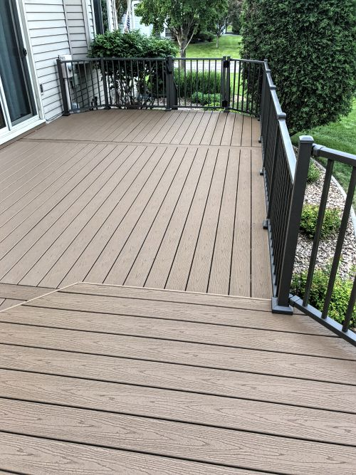 Coon Rapids MN maintenance free deck installation
