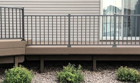 Coon Rapids Maintenance Free Deck